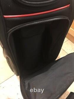 2019 Titleist Midsize Black Golf Tour Staff Cart Bag, 6-Way, Hood & strap, 9.5/10
