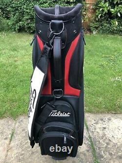 2019 Titleist Midsize Black Golf Tour Staff Cart Bag, Rainhood & Strap, 8/10