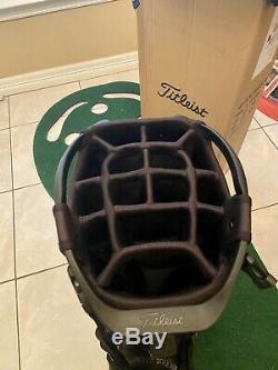 Titleist 14 Way Stand Bag/Cart Hybrid Golf Bag- Great Condition