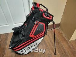 Titleist Players 14 Divider Dual Strap Golf Stand Bag Black/Red/White Raincover